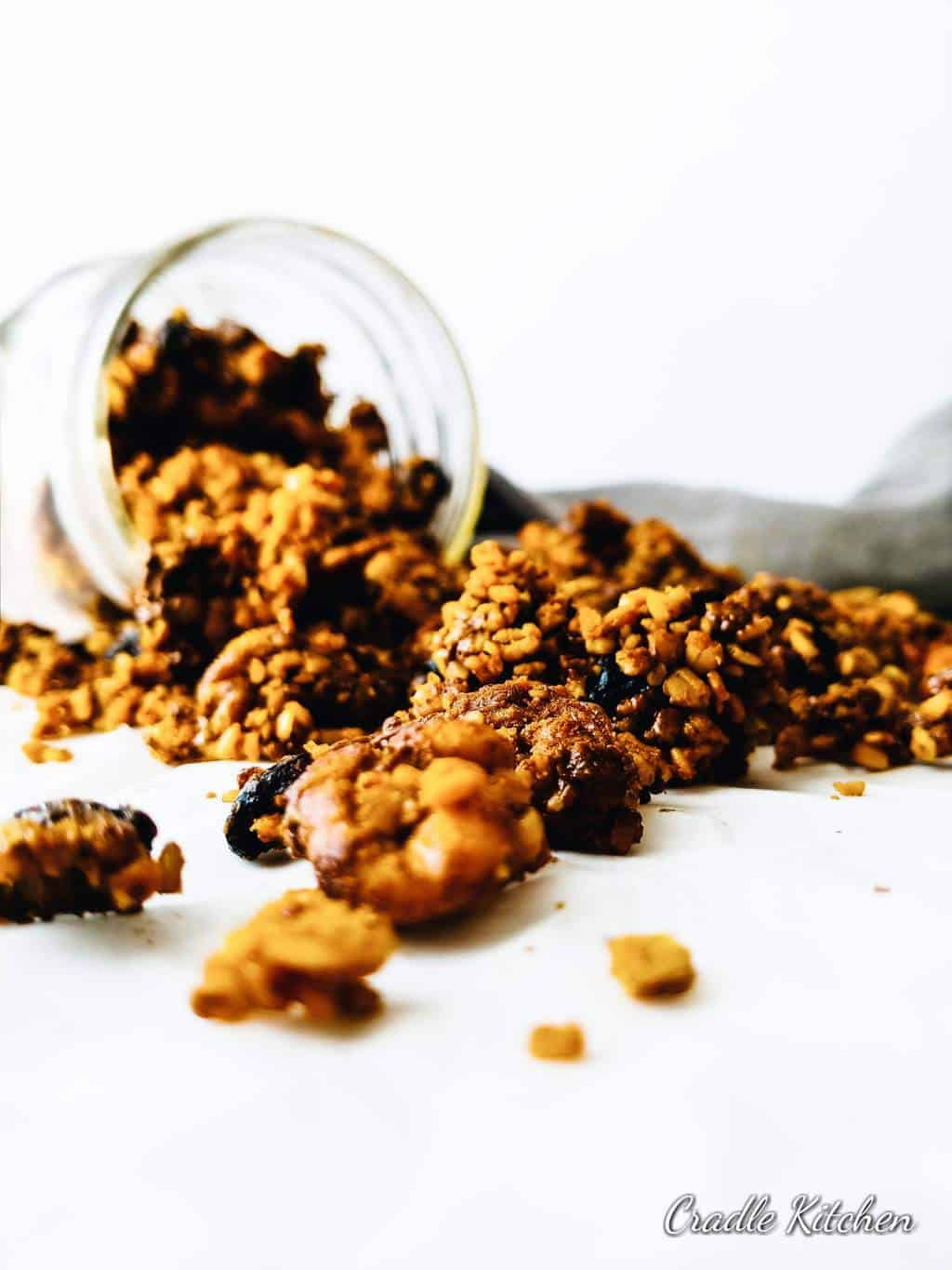 easy walnut tahini granola