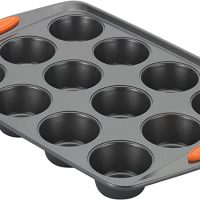 Nonstick Bakeware 12-Cup Muffin Tin With Grips