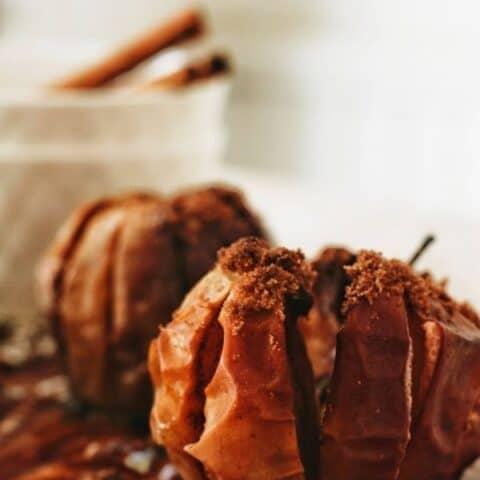 roasted apples and cinnamon